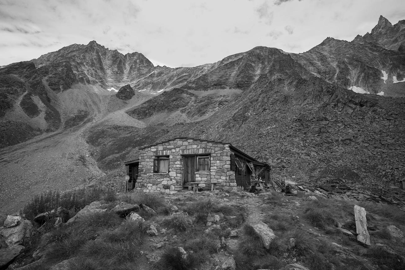 Cabane de la Tsa_2607m-2607 m-7